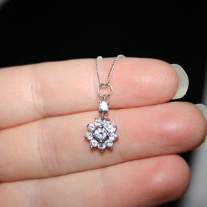 """Beautiful sterling silver flower cz necklace 16"""""""